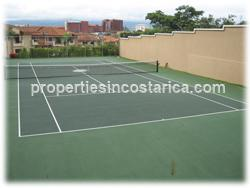 like new, tenis court, pool, green