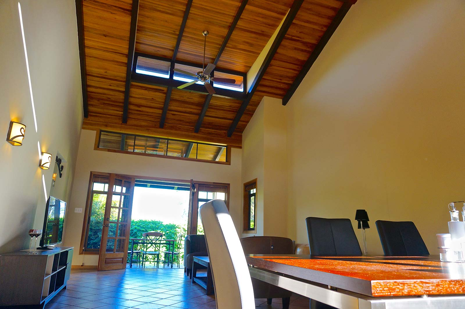 Santa Ana, Costa Rica, Rental, One Story, Home, One Level, House, for rent, gated community, mountain views, city lights