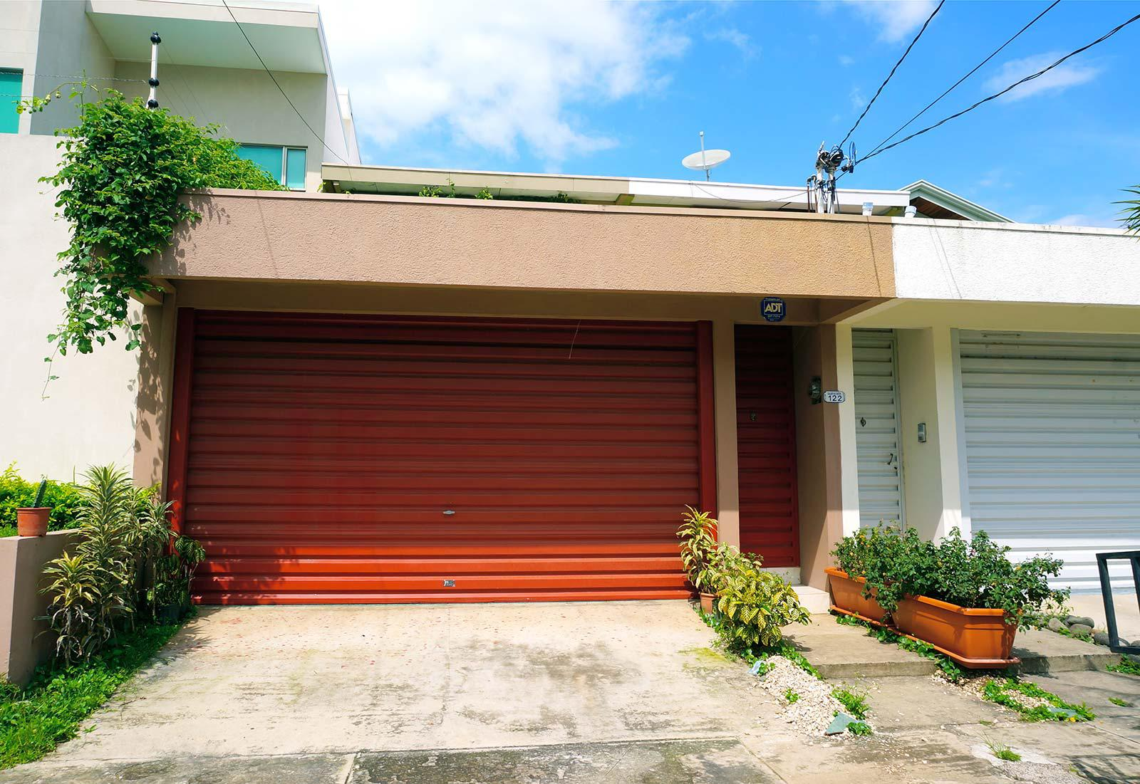 Escazu's Lowest Price 4 Bedroom Home in Top Neighborhood!