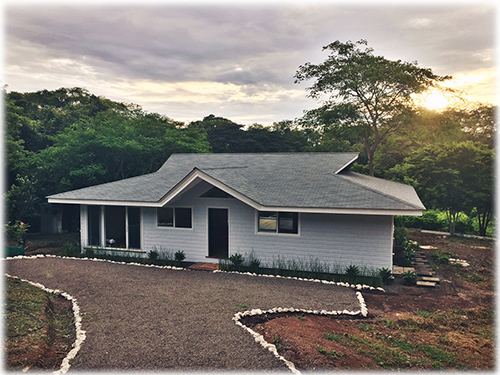 guanacaste, wooden homes, for sale