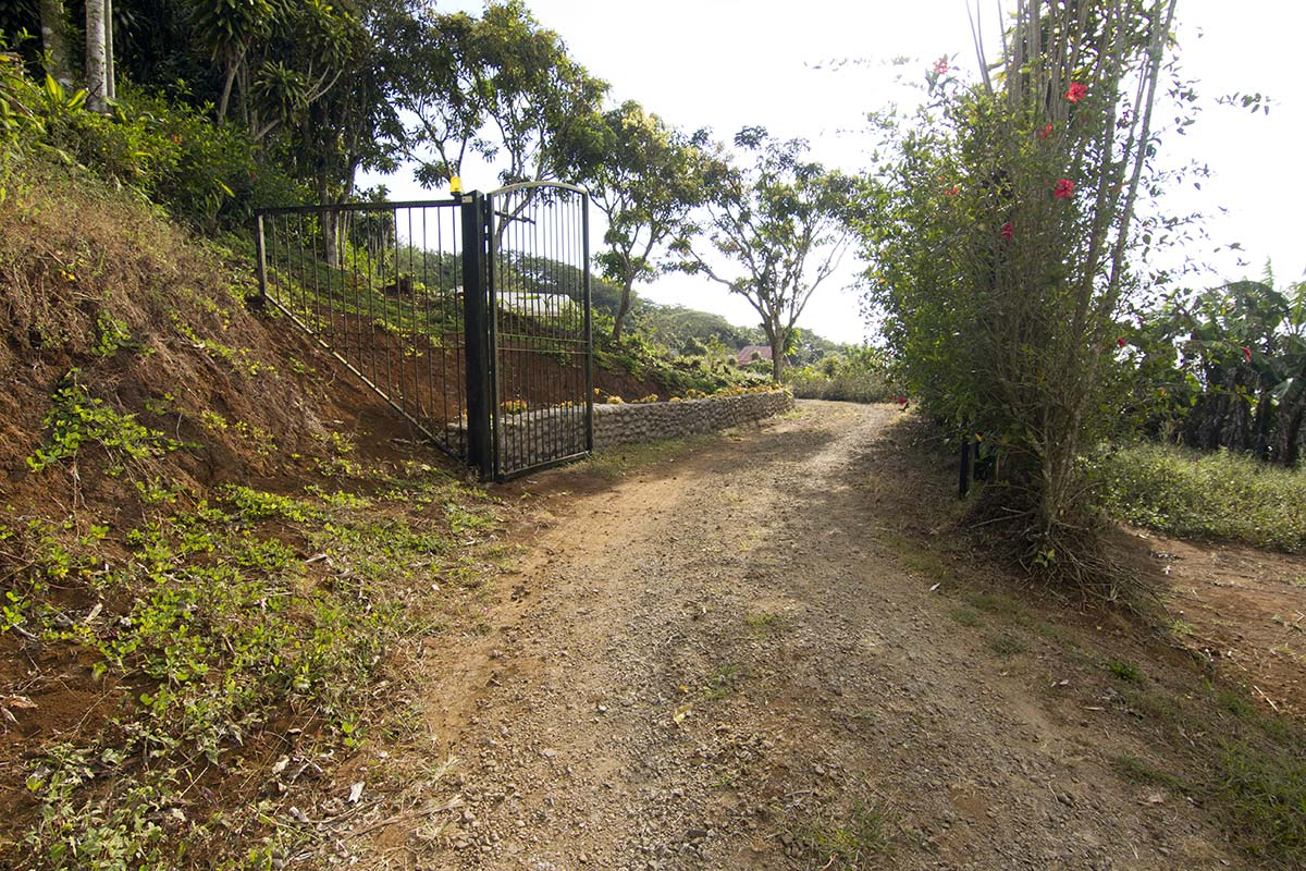 retire in san ramon costa rica, well built home for sale san ramon costa rica, 2br mountain home for sale costa rica, turnkey homes for sale in mountains of costa rica, retirement home for sale in san ramon costa rica