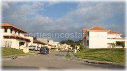 Santa Ana for sale, golf community, gated, opportunity, brand new, pool, upscale, location, malls, banks, schools, business centers, 1624