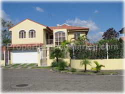 Heredia for sale, Heredia homes, Heredia real estate, full maids quarters, TV room, family room, 1712
