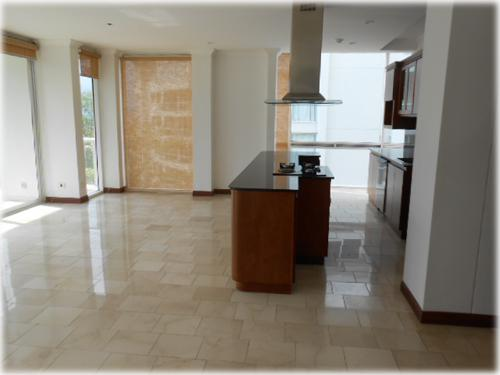 central valley, condos,for rent, close to everything, furnished, pool,