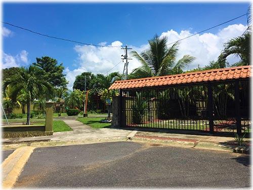 costa rica real estate, for sale, central pacific, beach, gated communities, close to the town, close to the beach