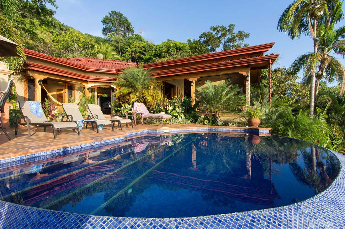 Charming ... Beach, Properties For Sale, Infinite Pool, Luxury Homes, South