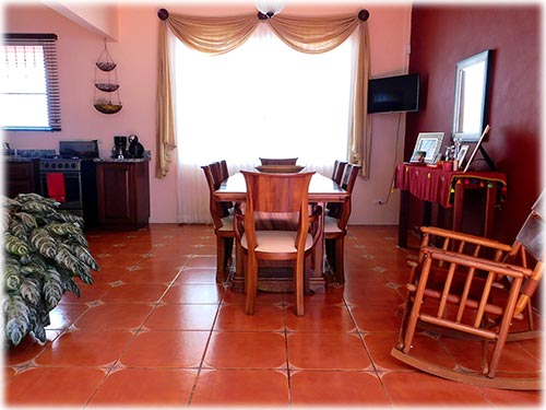 homes for sale in family areas of costa rica
