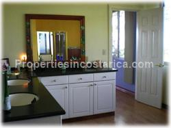 opportunity, city, beach, airport, proximity, nature, extra apartment, guest area, retreat, mountain, hospitals, private schools, 1432