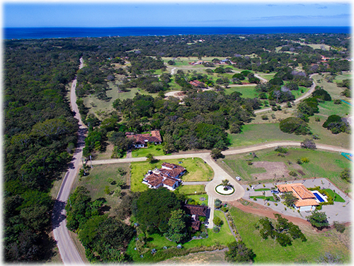 beachfront, beach club, golf course, Tamarindo, liberia, hacineda Pinilla, golf, surfing, fishing, avellanas, Langosta, horse stables, las brisas, spa, tennis courts, nature, monkeys, luxurious, costa rica, luxury, wildlife
