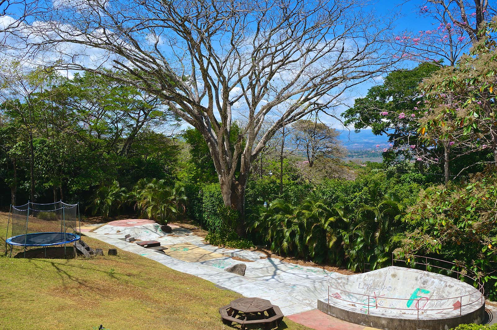 Costa Rica, luxury, masterpiece, home, for sale, 50 cents on the dollar, opportunity price, estate, Ciudad Colon, Rodeo, Real Estate, University for Peace