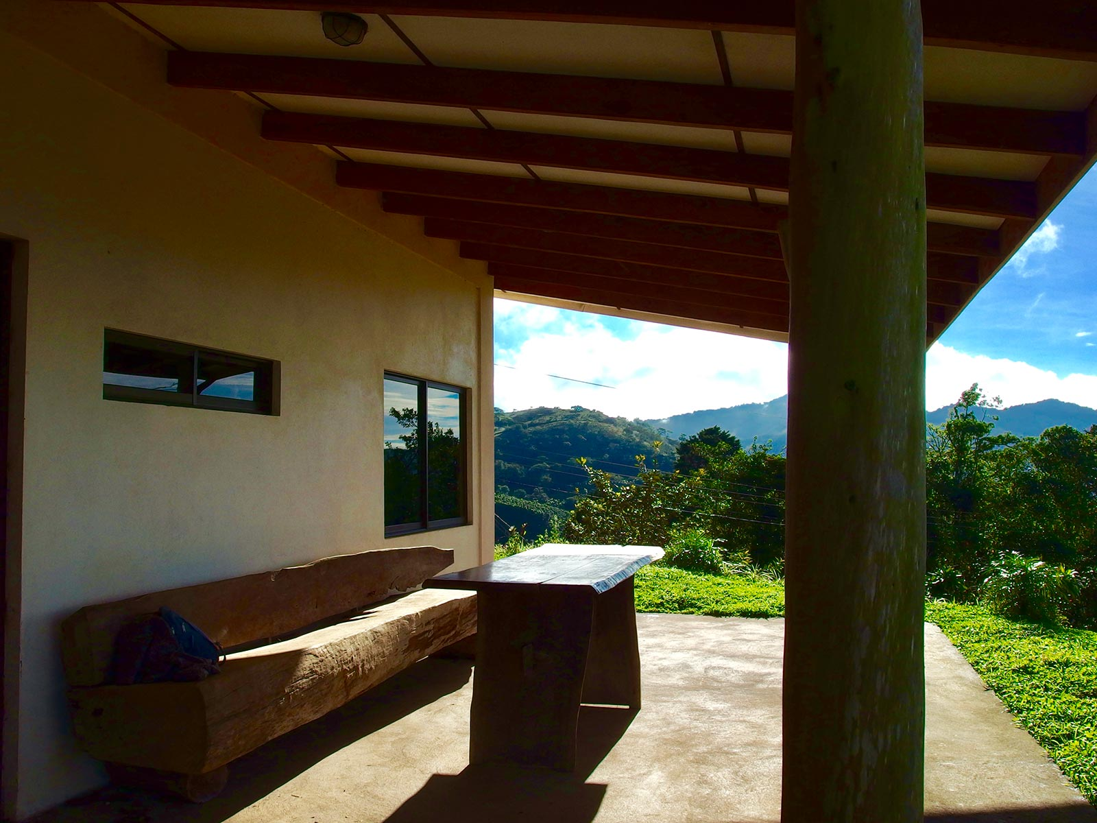 2 br home in San Ramon, houses in San Ramon Costa Rica, Real Estate in Central highlands, new homes for sale in san ramon costa rica, homes under 200k in san ramon costa rica, mountain homes in central valley, spring time weather year round, ocean view homes in costa rica