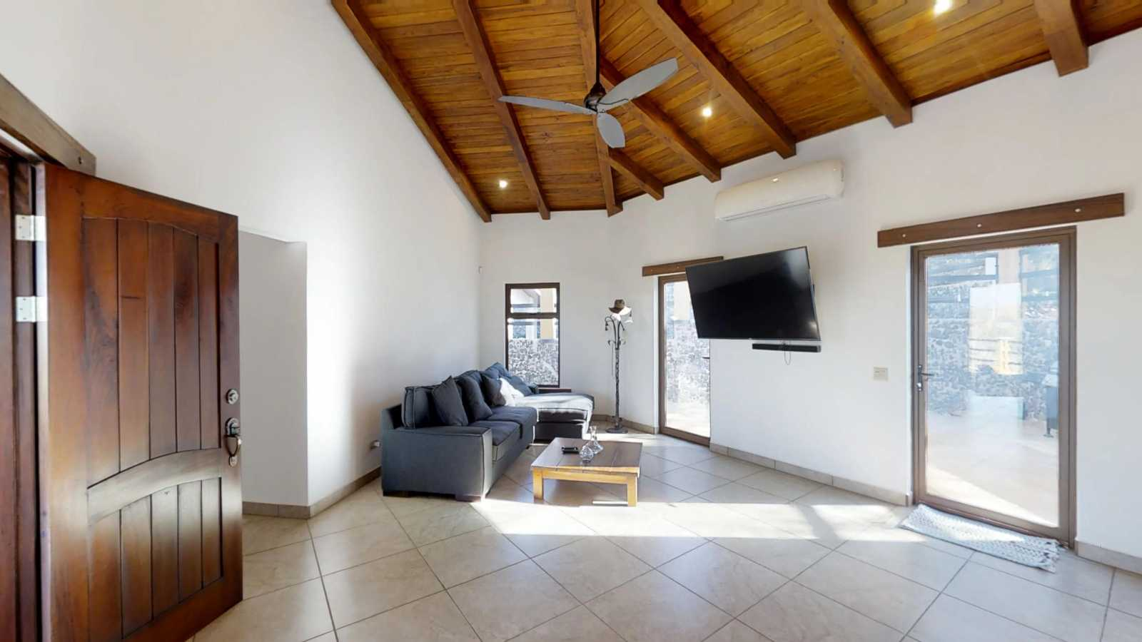 Brand New Spacious Neocolonial Home Close To Playa
