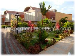 Escazu real estate, townhomes in Escazu, for sale, exclusive, modern, townhouses, convenient, 2 story, swimming pool, security, terrace,