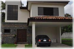 common areas, perfect location, house for sale in santa ana, gated community, 24/7 security, close international