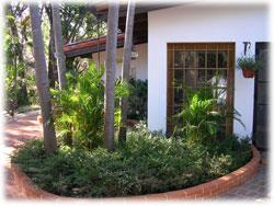 Front Of House in Escazu
