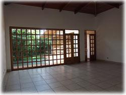 Costa Rica real estate, Costa Rica Escazu rentals, homes for rent, one level home, single family home, secure neighborhood