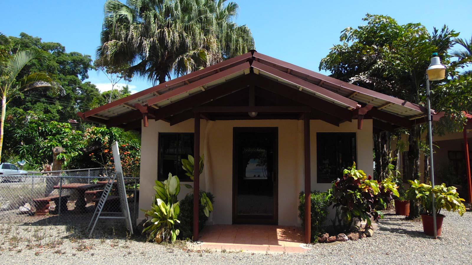 invest, commercial, cabias, south pacific real estate, turn-key, rental business, uvita real estate, extra espace