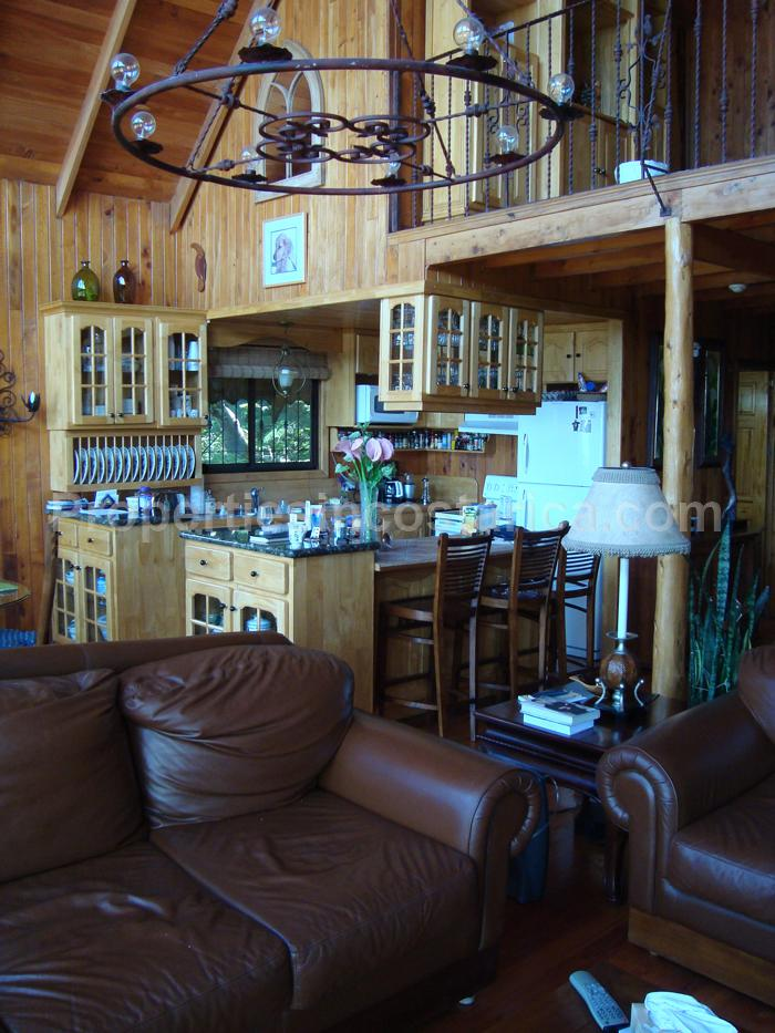 Mountain Deluxe Chalet For Sale In Heredia